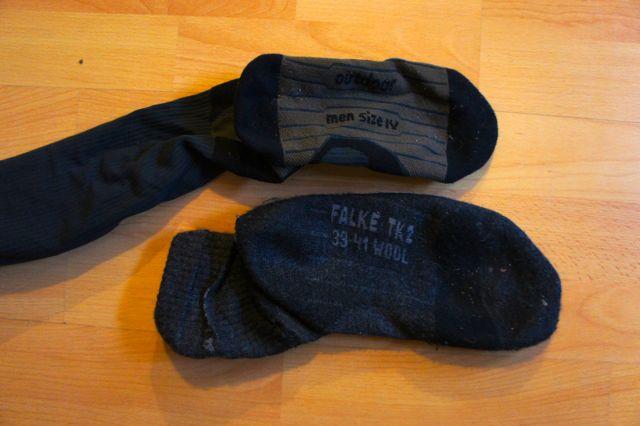CEP Outdoor Socke im Vergleich mit Falke TK2