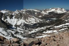 view_over_the_bullfrog_basin_from_kearsarge_pass